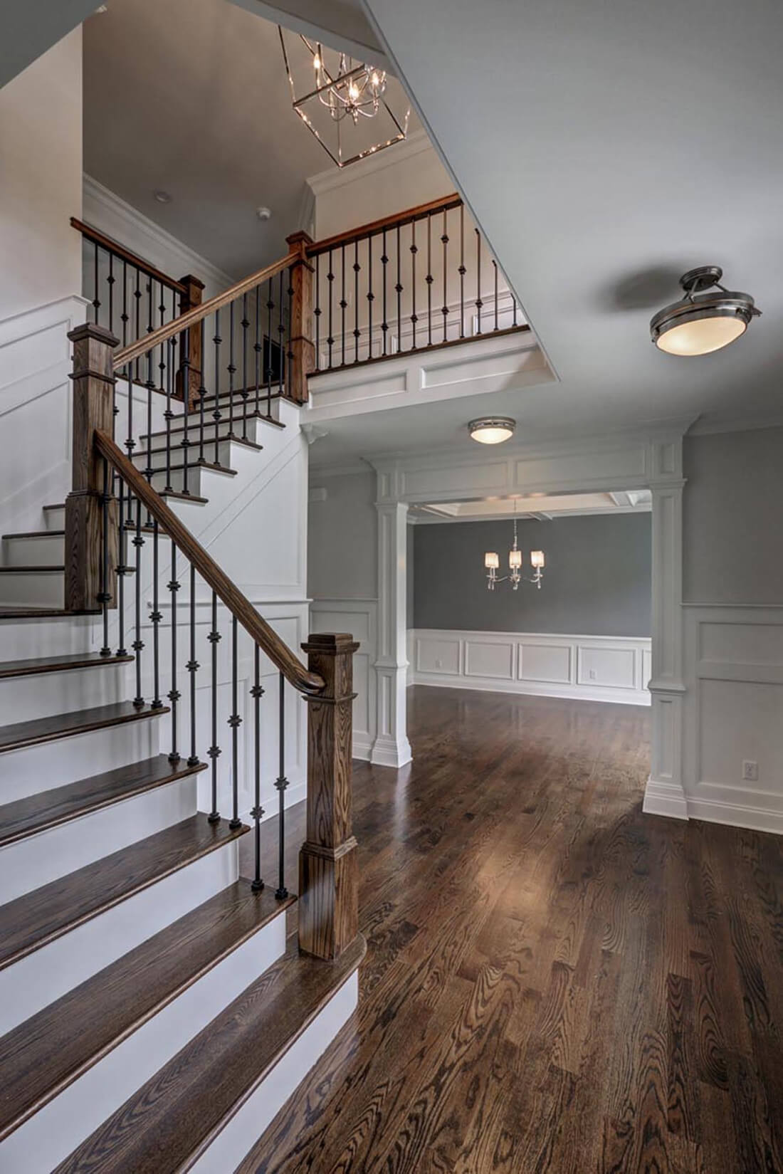 14  Wychview 1st Floor Foyer
