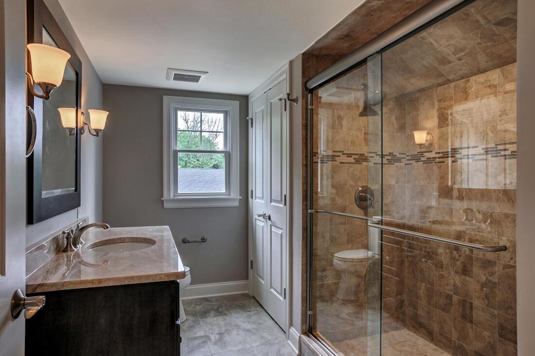 14 Wychview Attic Bathroom