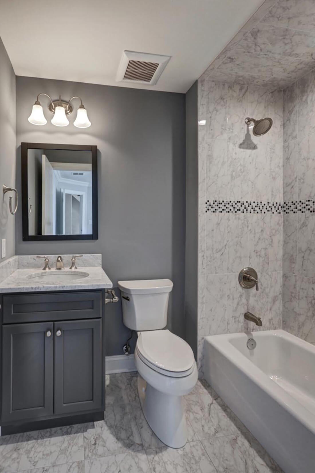 14 Wychview Ensuite Bathroom
