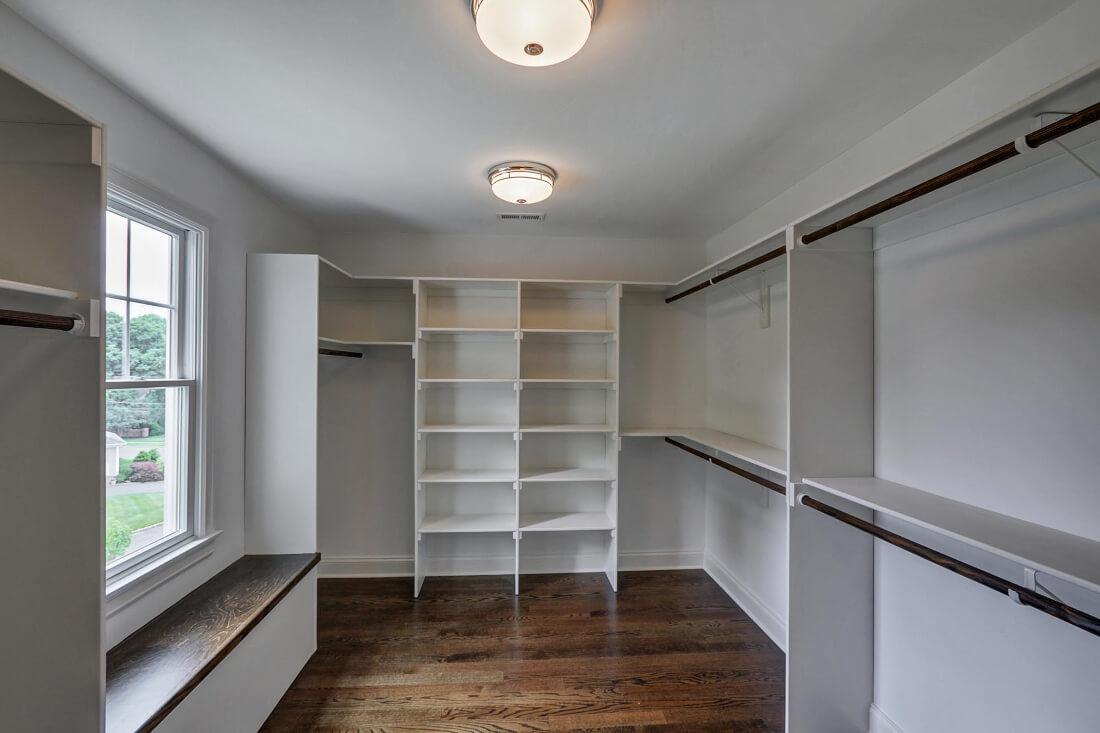 14 Wychview Master Closet
