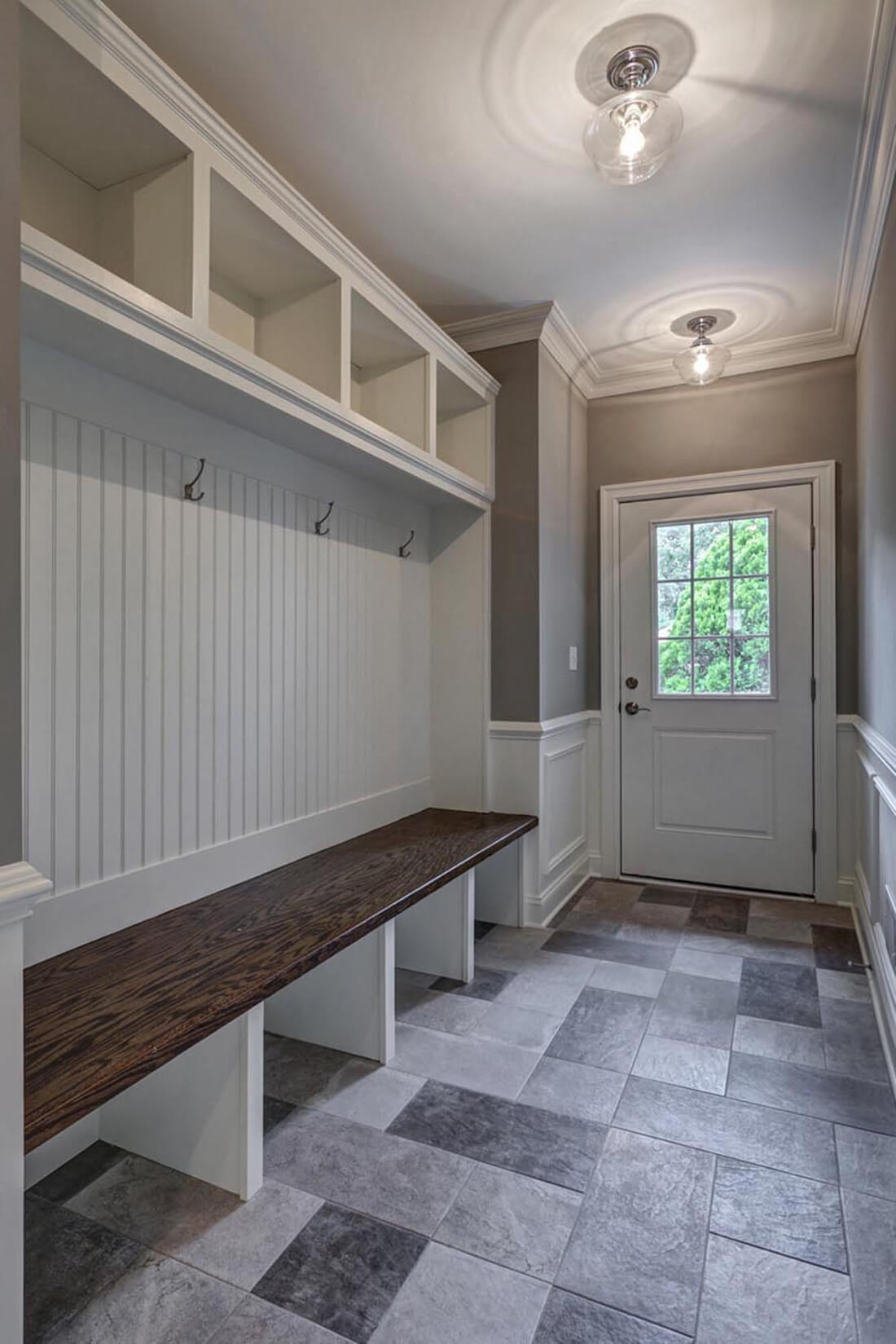 14 Wychview Mudroom