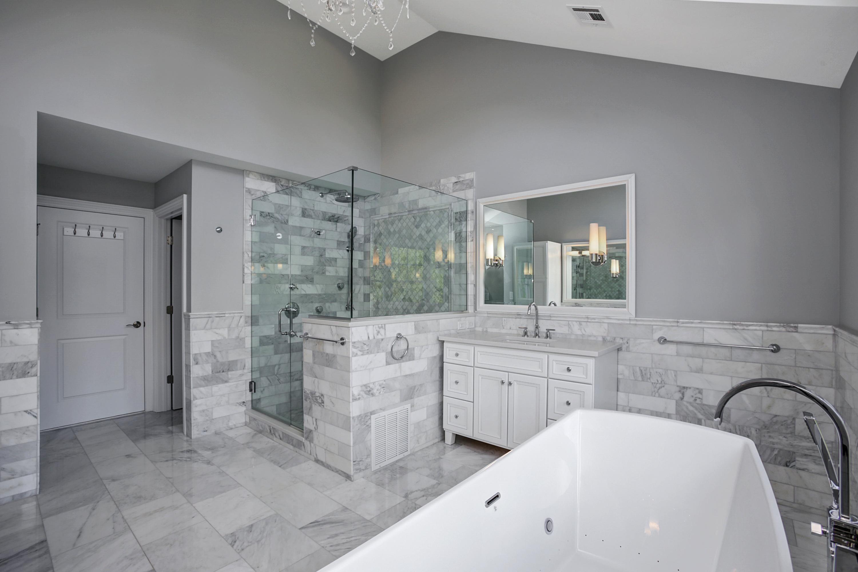 20 Master Bathroom I