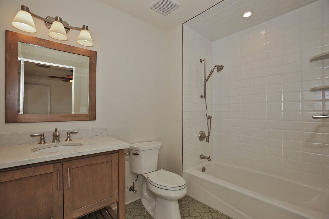 221 Golf Edge Ensuite Bathroom