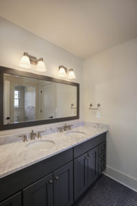 221 Golf Edge, Westfield- Jack and Jill Bathroom