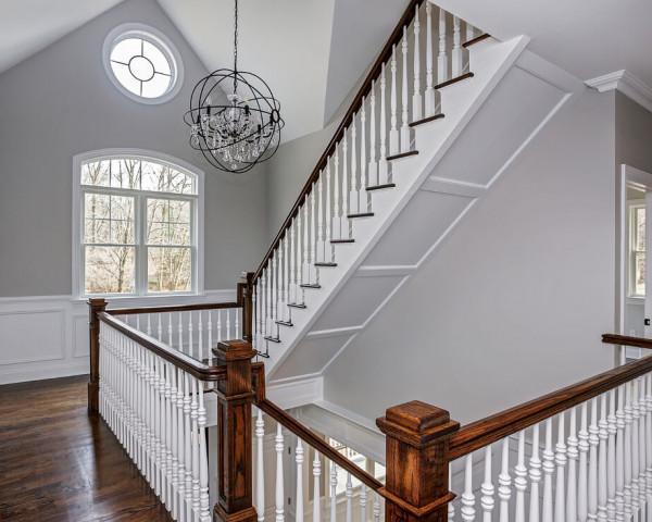 2nd Floor Foyer