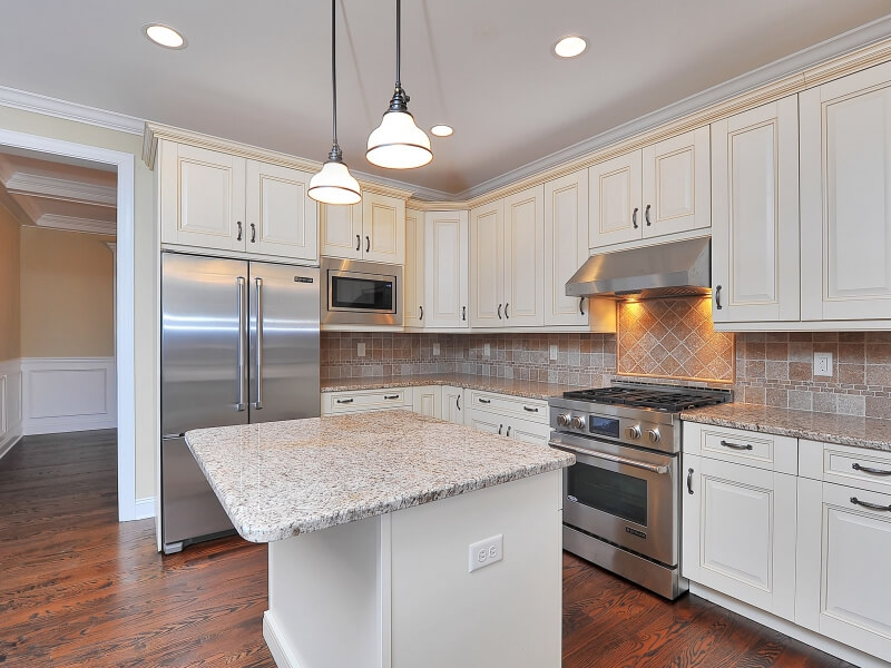 309 Belmar Kitchen II