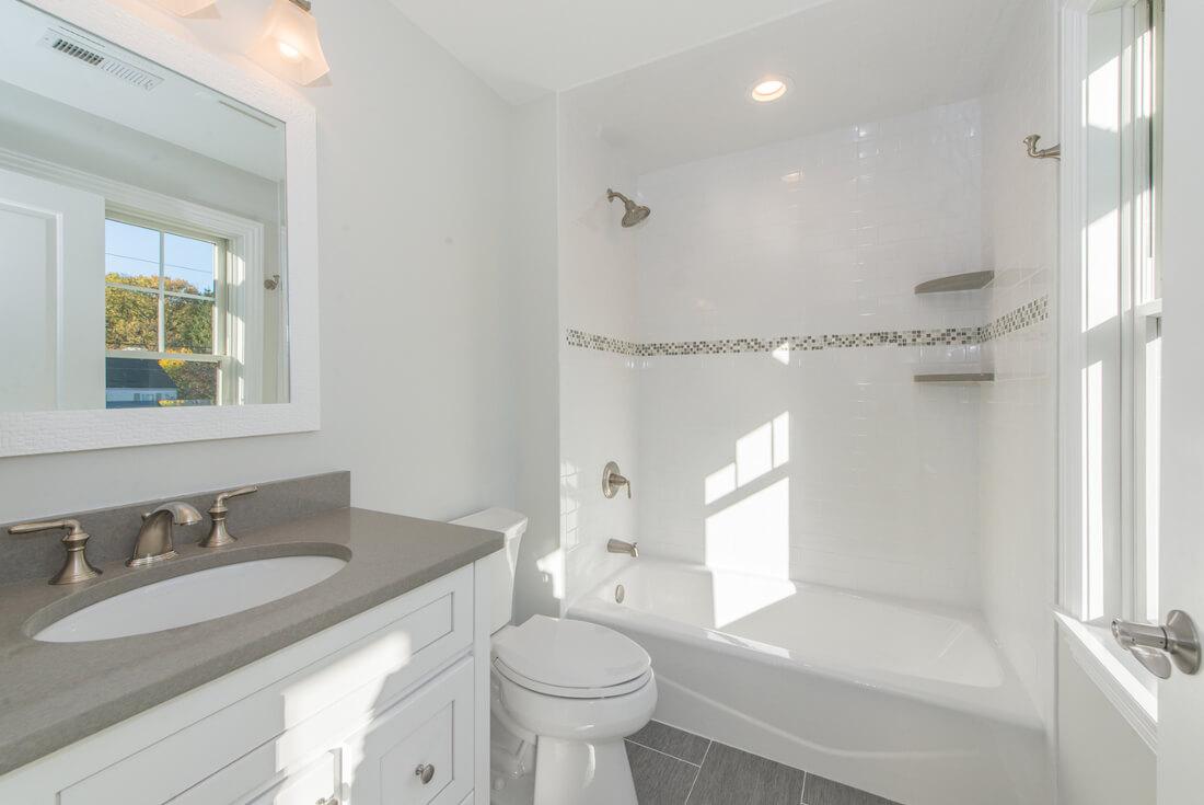 407 Quantuck Bedroom 1 Bathroom