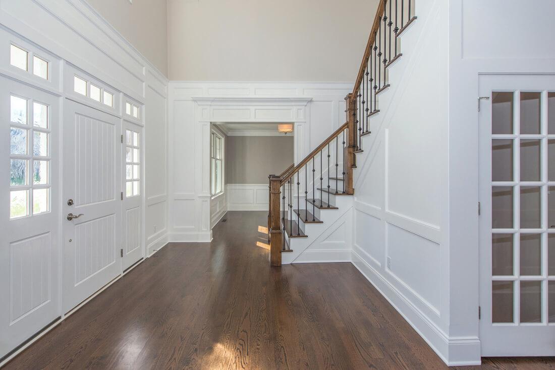 407 Quantuck Foyer II