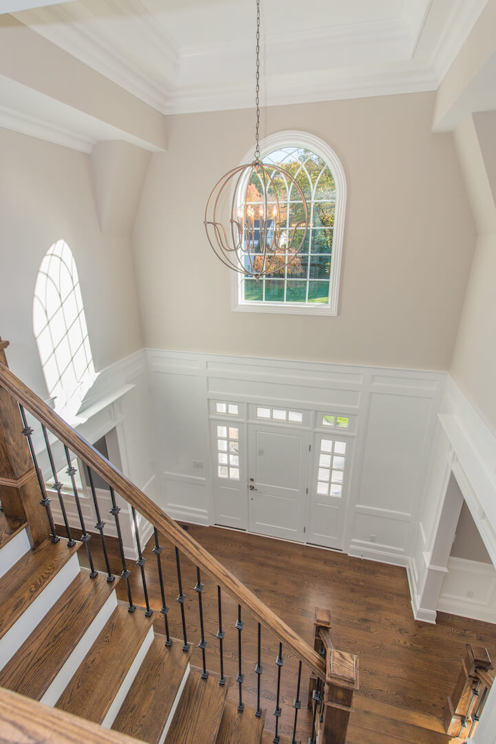 407 Quantuck Foyer