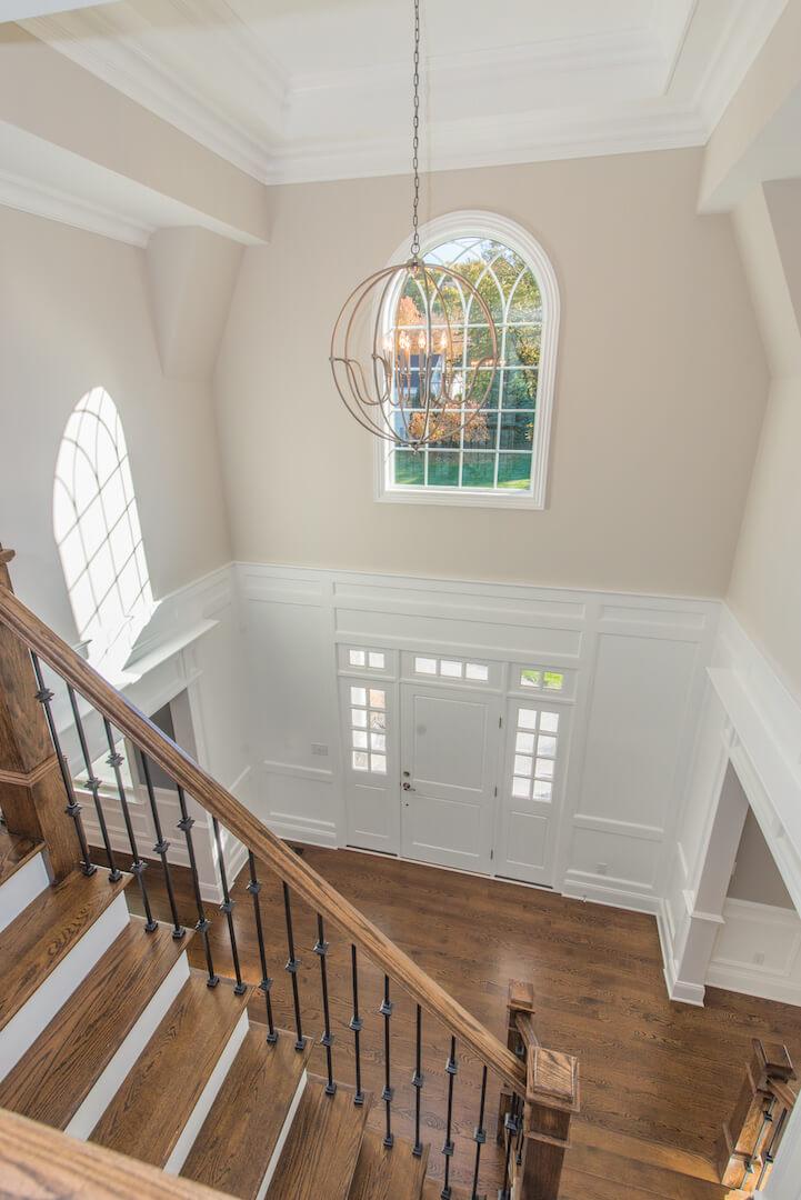 407 Quantuck Foyer