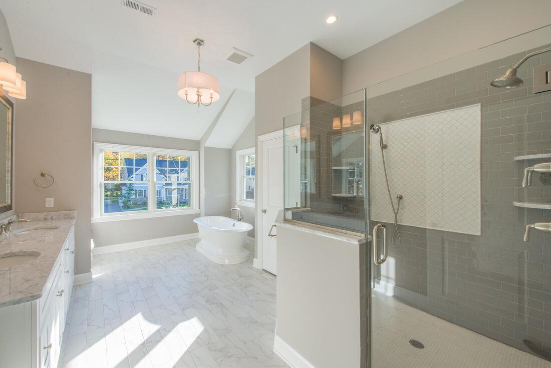 407 Quantuck Master Bathroom