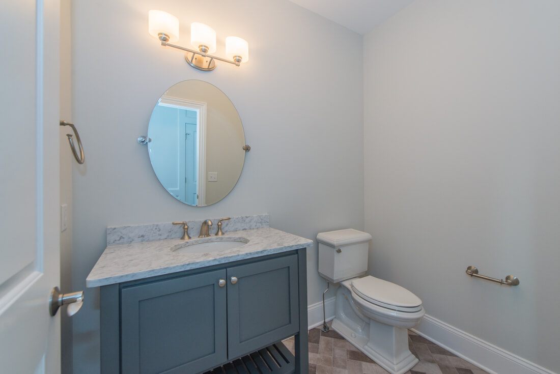 407 Quantuck Powder Room