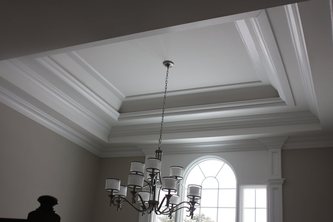 408 Quantuck Foyer Ceiling