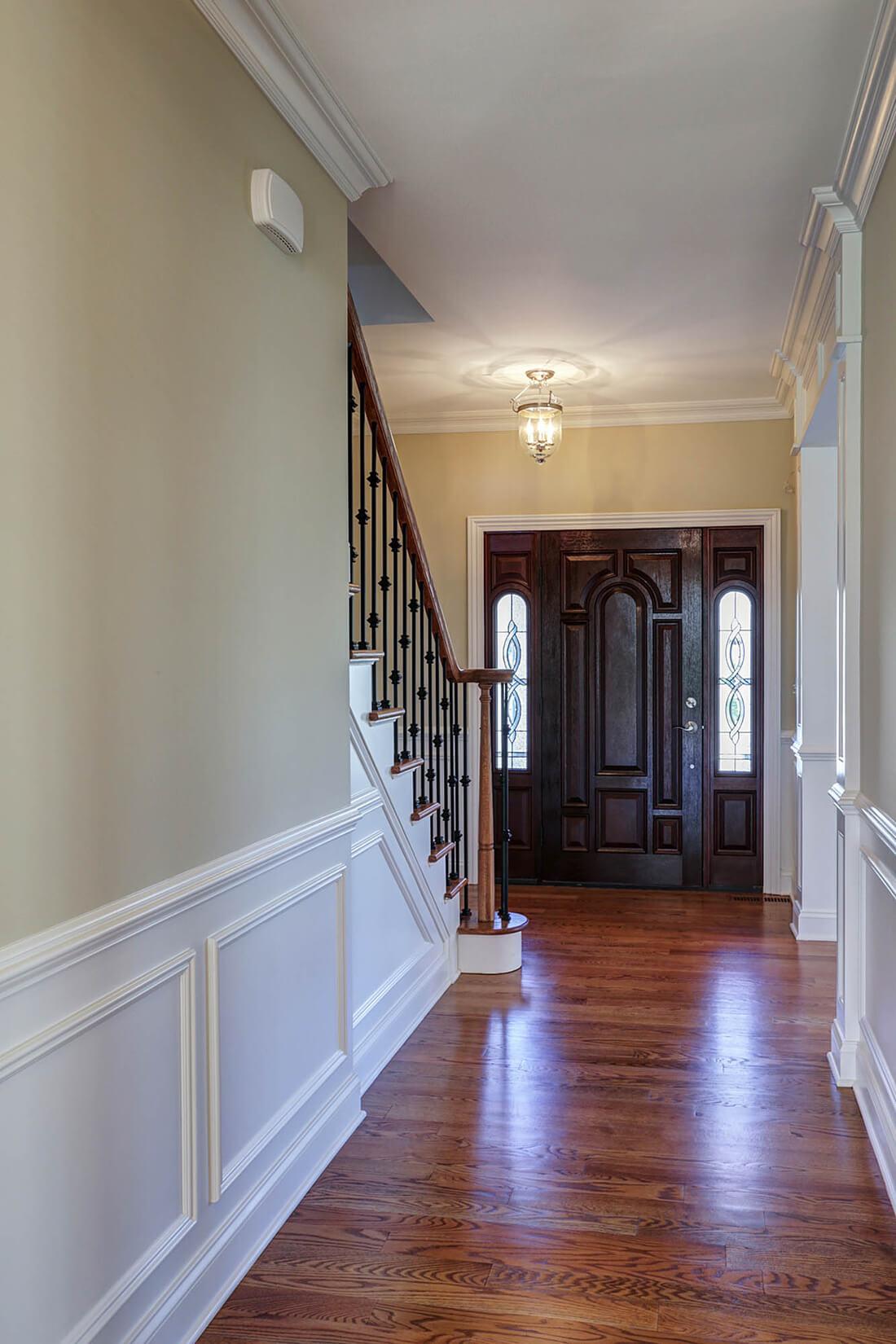 443 Beechwood Front Foyer