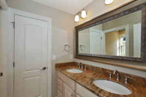 443 Beechwood Place, Westfield- Jack and Jill Bathroom