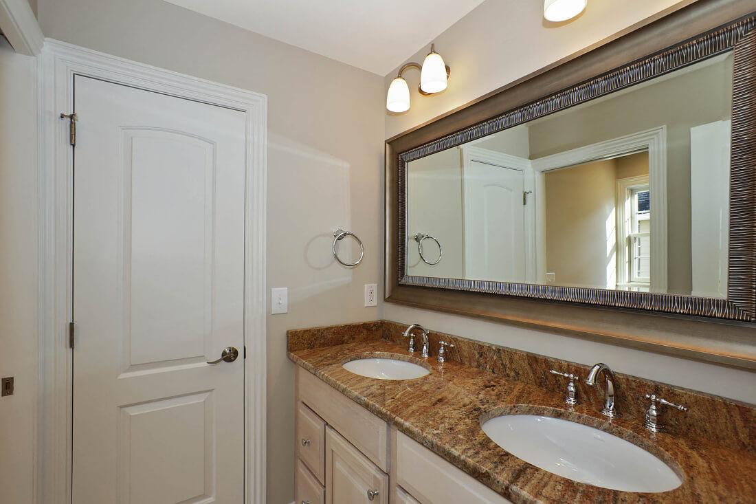 443 Beechwood Jack and Jill Bathroom