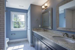 610 Cumberland Street, Westfield- 2nd Floor Hall Bathroom