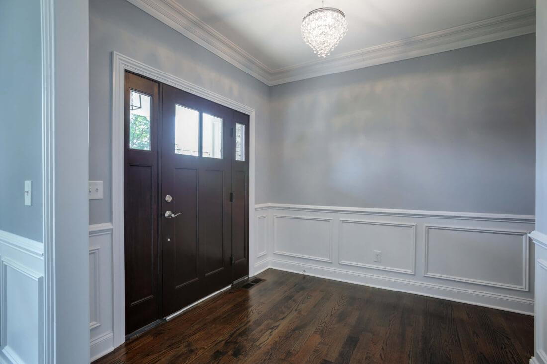 610 Cumberland Foyer