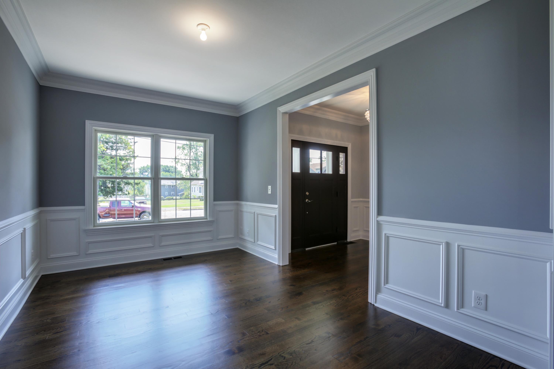 443 Beechwood Living Room