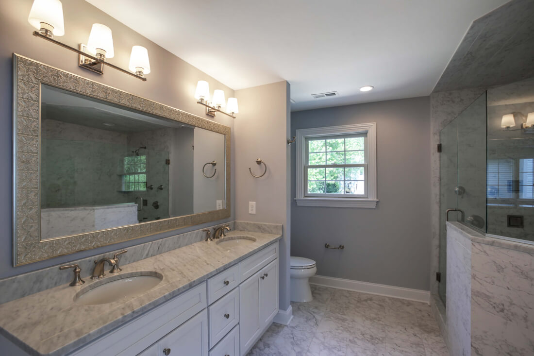 610 Cumberland Master Bathroom II