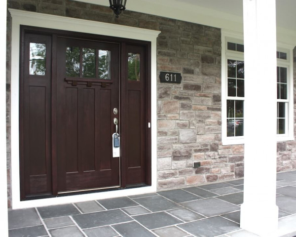 Front Entry with Stone