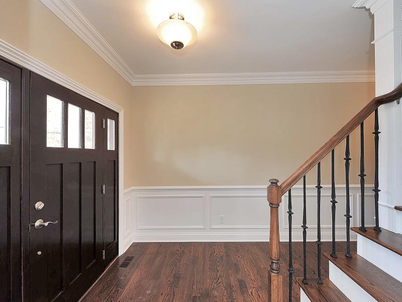 611 Norwood Front Foyer II