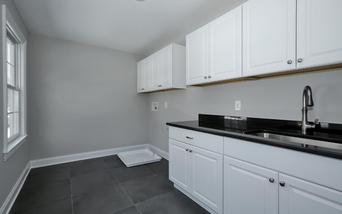 621 Green Laundry Room