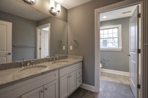 670 Carleton Road, Westfield- 2nd Floor Hall Bathroom