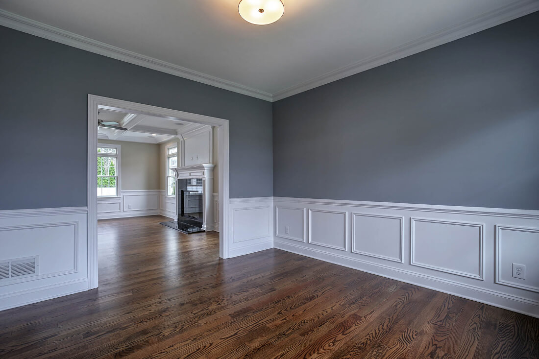 670 Living Room II