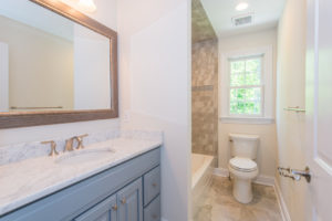 713 Knollwood Terrace, Westfield- Ensuite Bathroom