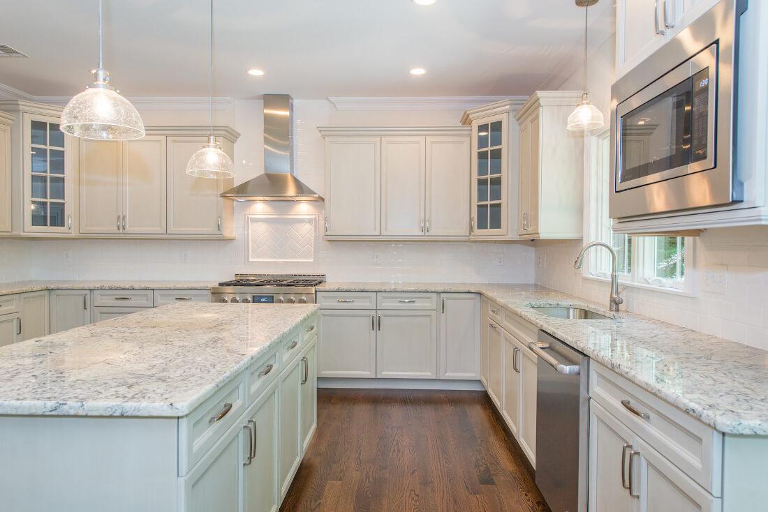 713 Kitchen IV