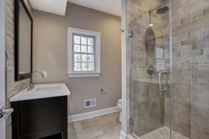 816 Knollwood Terrace, Westfield- 1st Floor Bathroom