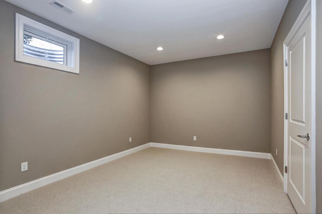 816 Basement Room