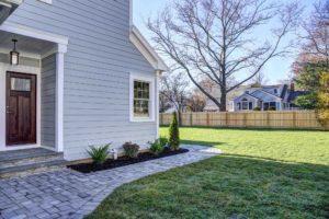 816 Knollwood Terrace, Westfield- Side Mud Entry