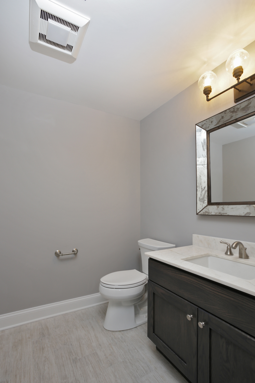 843 Nancy Way – Basement Bathroom