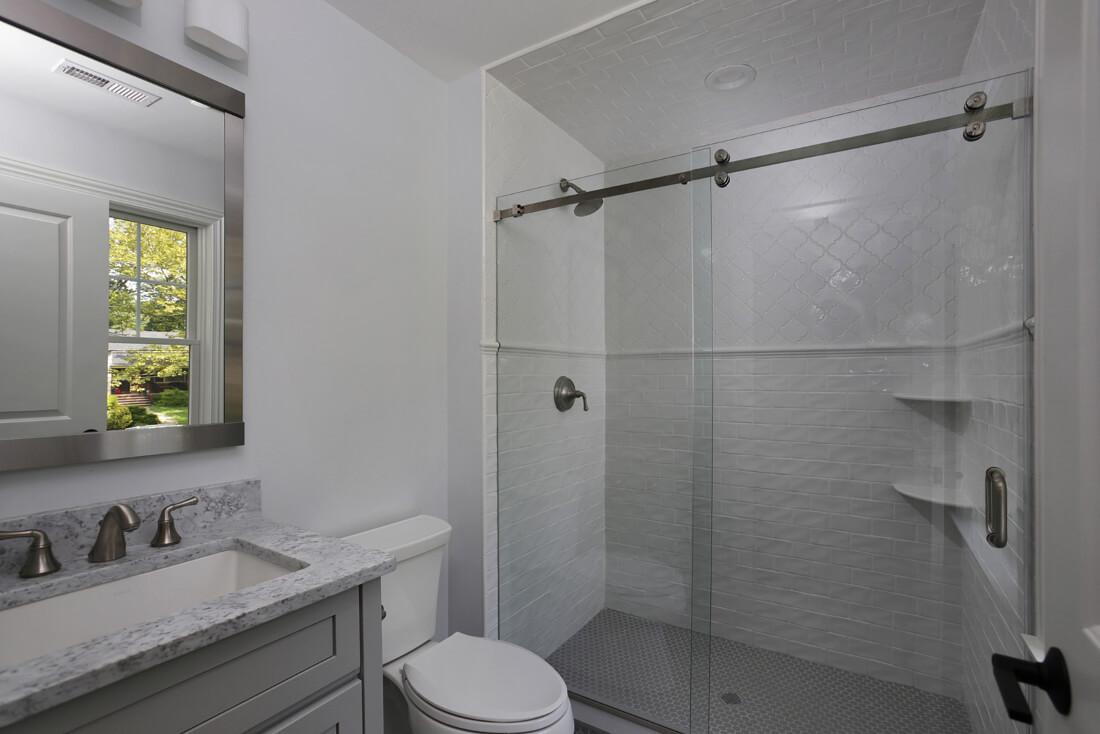 843 Nancy Way -Ensuite-Bathroom
