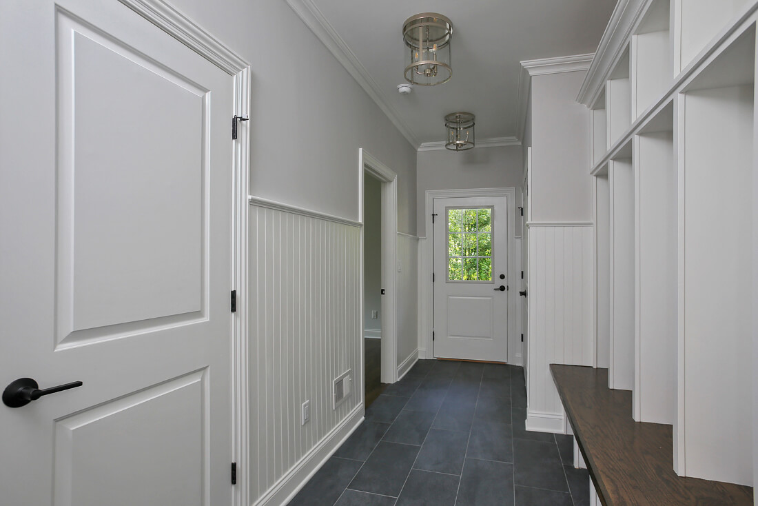 843 Nancy Way -Mudroom