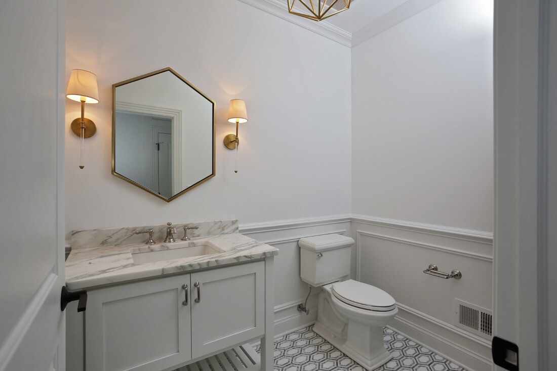 843 Nancy Way -Powder-Room