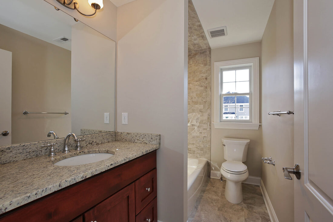 443 Beechwood Ensuite Bathroom