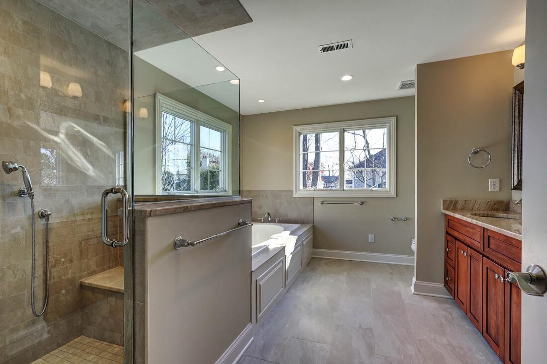 443 Beechwood Master Bathroom