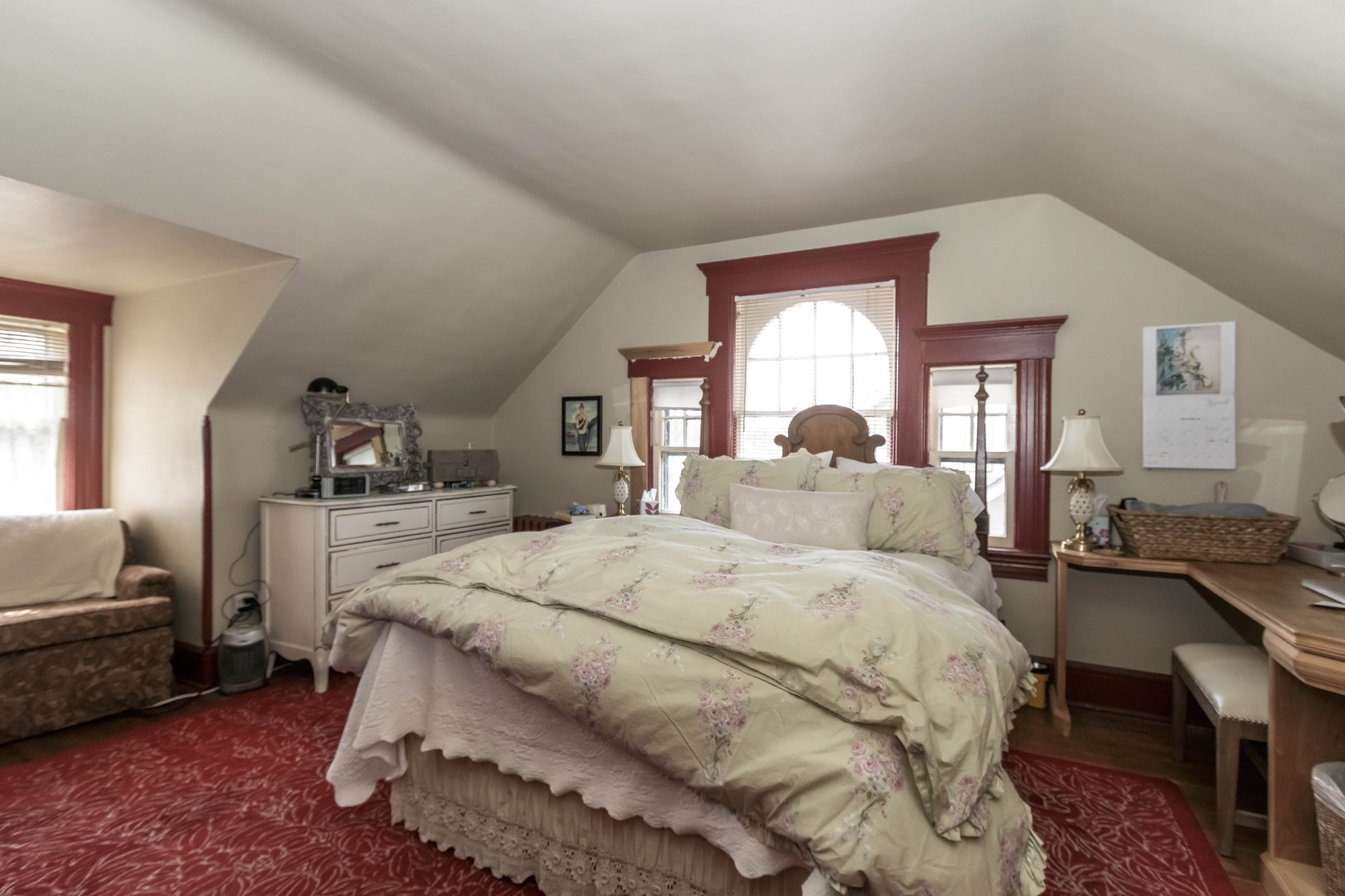 Before – Original Master Bedroom
