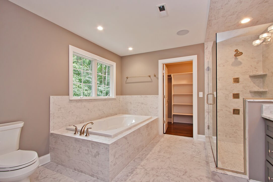 62 Tamaques Master Bathroom I
