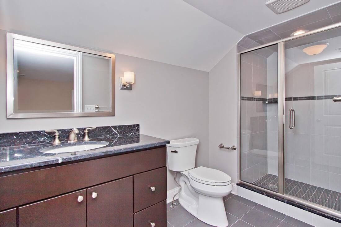 62 Tamaques Attic Bathroom
