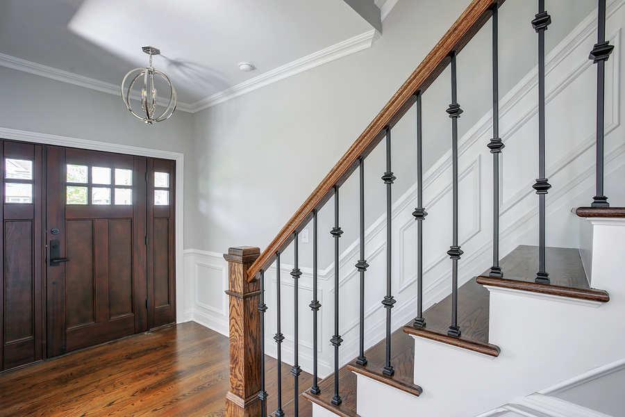 1st Floor Foyer