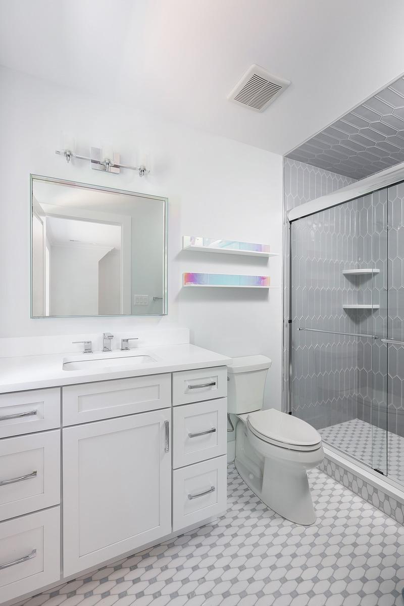 2nd Floor Ensuite 2 Bathroom