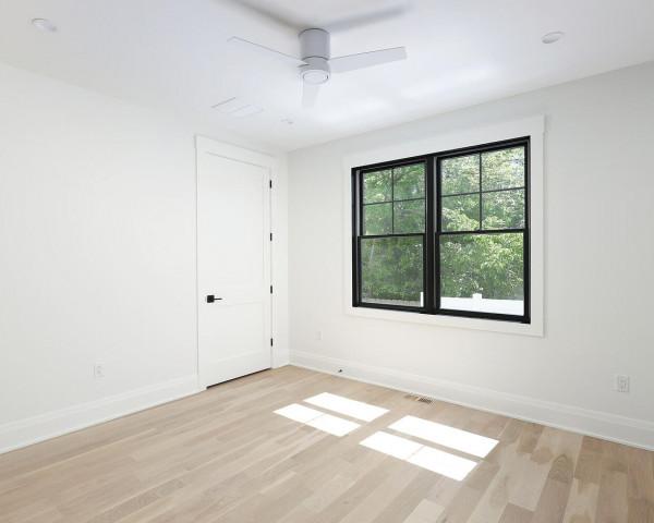 1st Floor Ensuite Guest Room