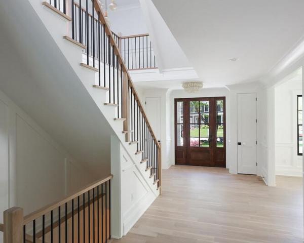 1st Floor Foyer III