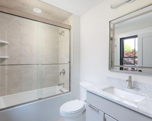 2nd Floor Ensuite Bathroom 1