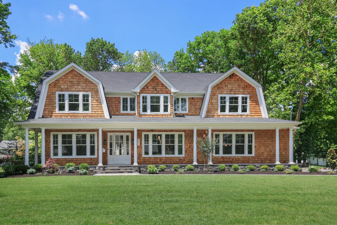 premier-design-custom-homes-nj-front-elevation-porch1