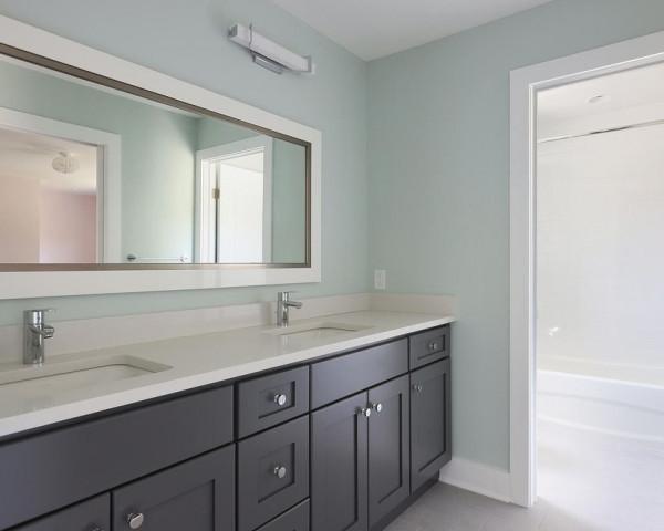 2nd Floor Jack & Jill Bathroom I
